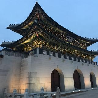 人気観光名所「景福宮(キョンボックン)」ってどんなところ?