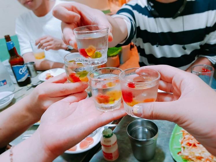 韓国焼酎(소주/ソジュ)の飲み方 画像 ハリボ酒