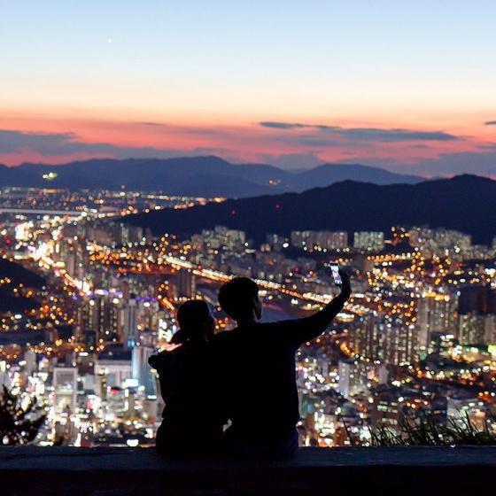 釜山(プサン)のおすすめ夜景スポット 荒嶺山(ファンリョンサン) の画像3
