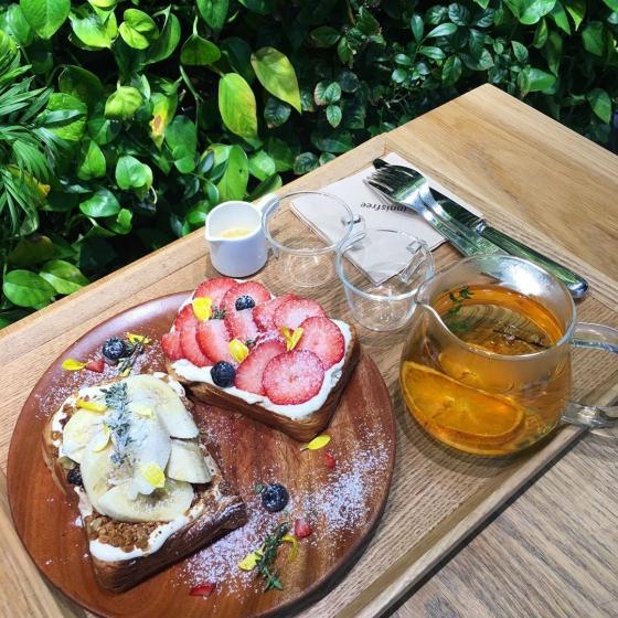 明洞(ミョンドン)で人気のフォトジェニックカフェinnisfree Green Cafe(イニスフリーグリーンカフェ)の画像