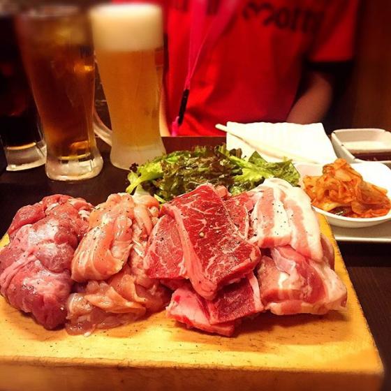 新大久保で人気の焼肉・サムギョプサル屋さん「韓国料理 マニト」の画像