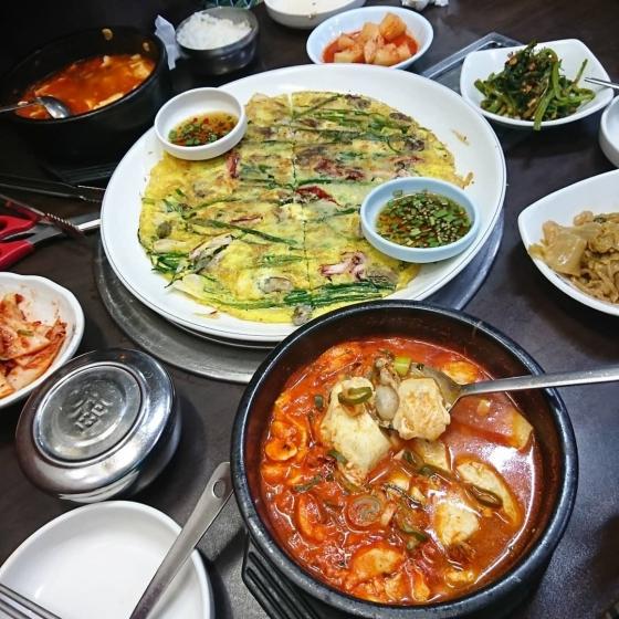 ソウルのおすすめシーフードレストラン「南海牡蠣クッパ(ナメクルクッパ)@東大門(トンデムン)」の画像4