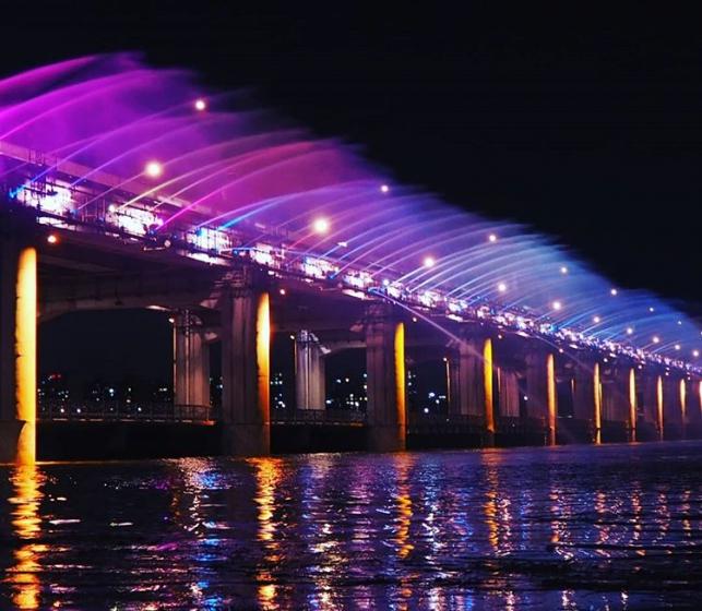 カップルで韓国旅行におすすめのデートスポット「盤浦漢江公園(バンポハンガンコウウォン)」の画像