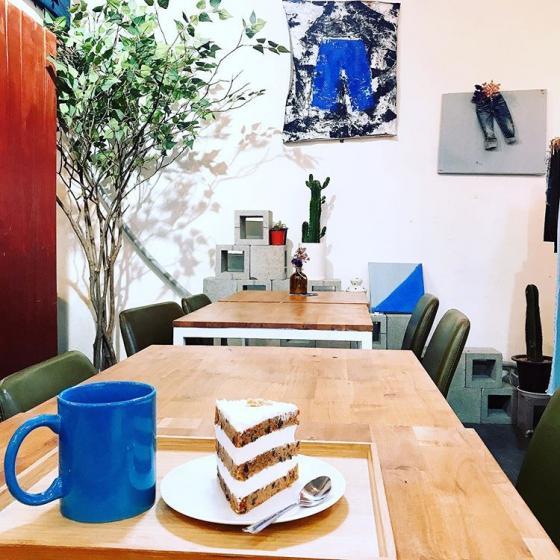 東大門(トンデムン)でおしゃれなモーニングが食べられる「DENIM  Cafe」の画像4
