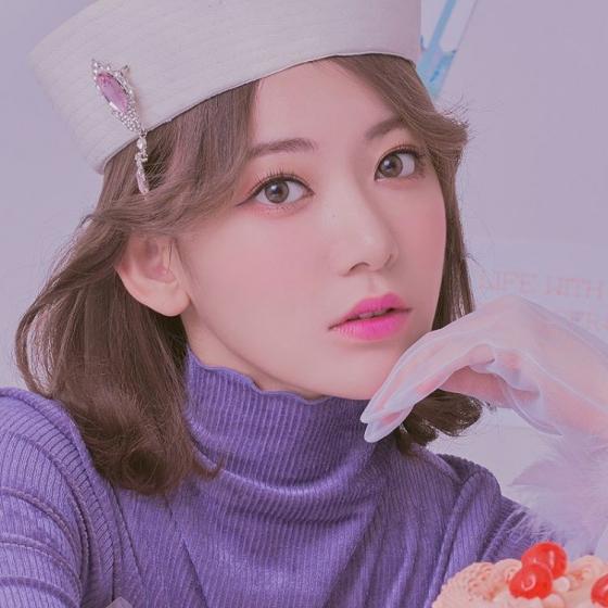 宮脇咲良(さくらたん)がイメージモデルの人気カラコンMOLAK(モラク)の画像2