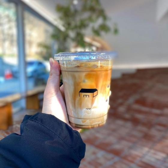 延南洞(ヨンナムドン)のおしゃれカフェ「COFFEE NAP ROASTERS(コーヒーナップロースターズ)」の画像4