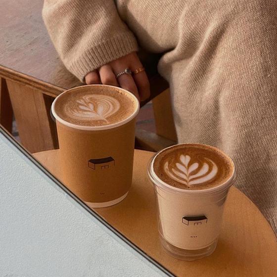 延南洞(ヨンナムドン)のおしゃれカフェ「COFFEE NAP ROASTERS(コーヒーナップロースターズ)」の画像3
