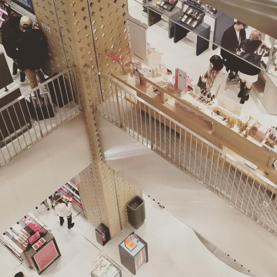 @cosme TOKYOにSERENDI BEAUTY(セレンディビューティー)の画像3