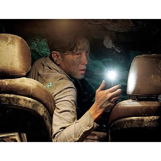 おすすめの韓国サスペンス映画「トンネル 闇に鎖された男(2016年公開)」の画像3