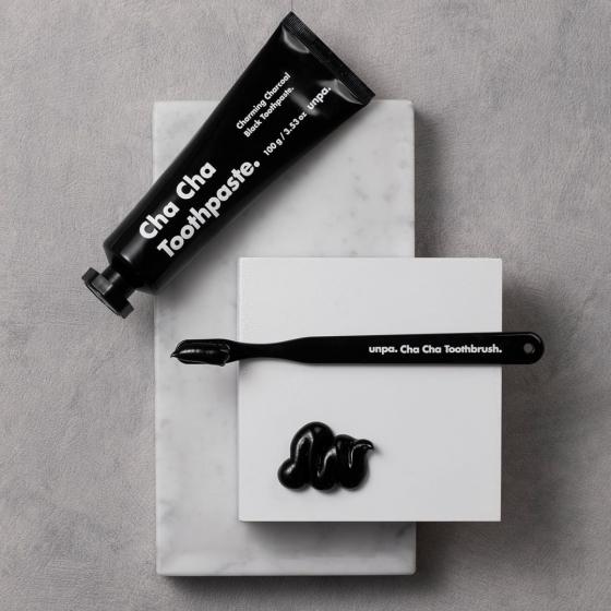 黒い歯磨き粉UNPACOSMETICS(オンパコスメティクス)の画像4
