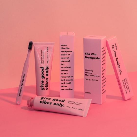 黒い歯磨き粉UNPACOSMETICS(オンパコスメティクス)の画像3
