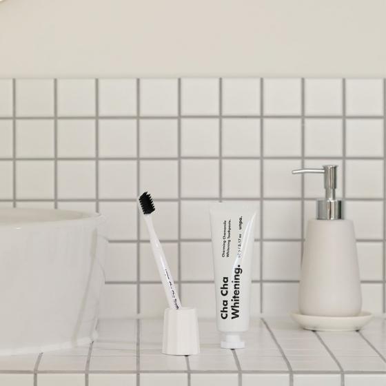 黒い歯磨き粉UNPACOSMETICS(オンパコスメティクス)の画像5
