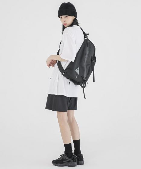 韓国ファッションブランド「FEKETE(フェケテ)」の画像3