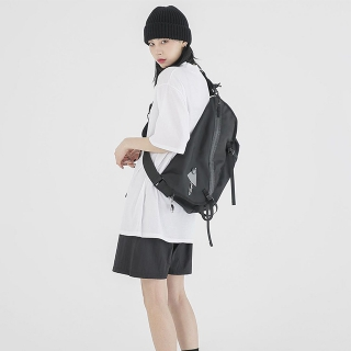 韓国ファッションブランド「FEKETE(フェケテ)」を知ってる?日本から購入可能!